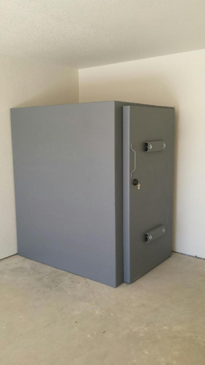 Steel safe room photo gallery they are custom built for Custom safe rooms